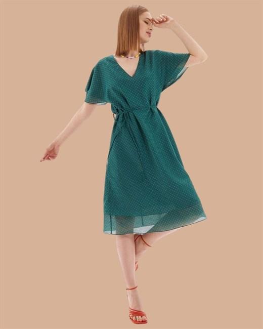 Платье средней длины с поясом - фото 82956