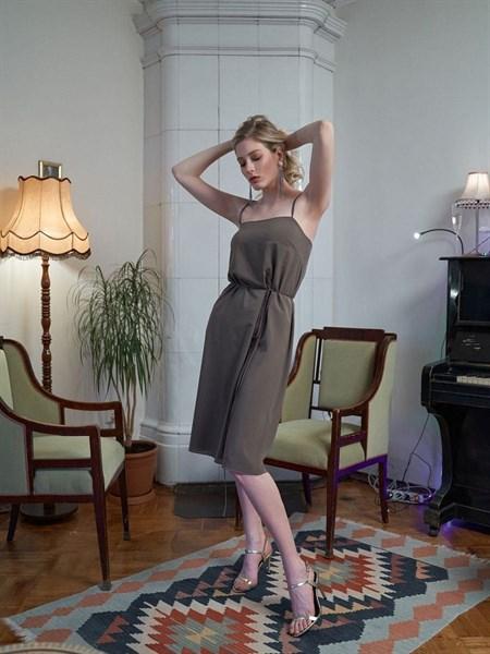 Двустороннее платье комбинация с поясом