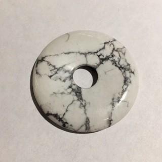 Пончик из натурального камня, говлит